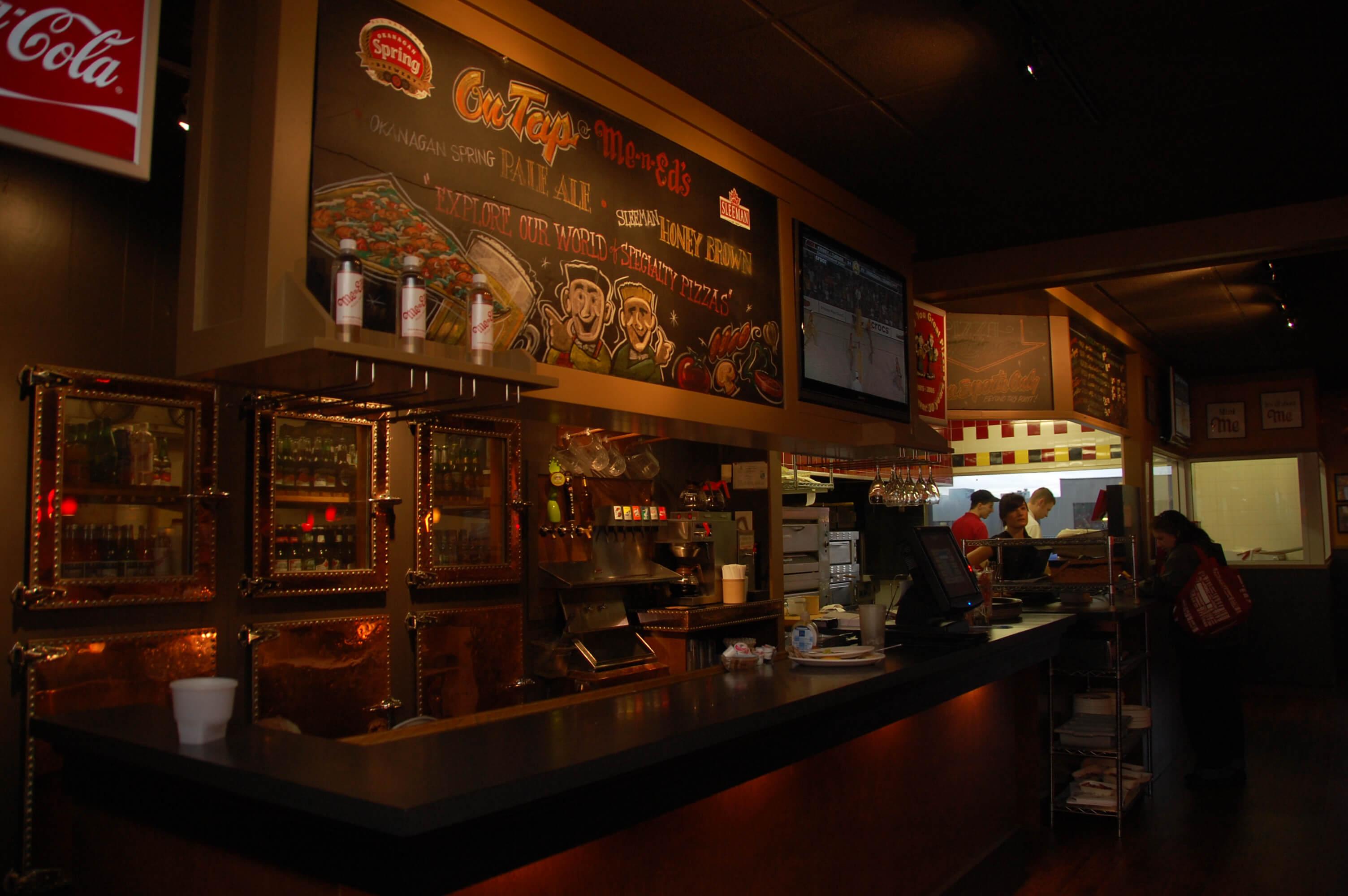 Restaurants Italian Near Me: Coquitlam Me-n-Ed's Pizza